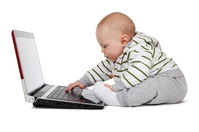 bebe ordenador tic resultados